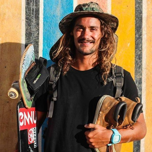 Sergi Nicolas Travelling