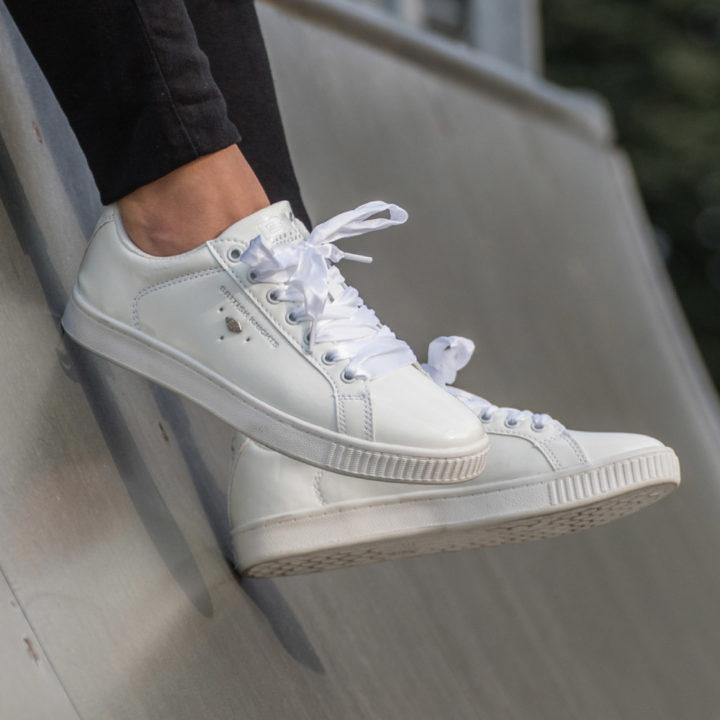 18-07-Lak-sneakers-Carousel-afbeelding-5